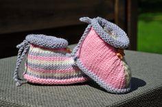 layette chaussons mérinos taille 0/3 mois neufs tricotés main : Mode Bébé par…