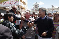 Dialogando con los vecinos en Monte Hermoso, Provincia de Buenos Aires