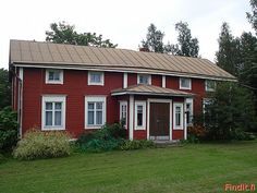 est 1860 Scandinavian Home, Country Living, Old Houses, Beautiful Homes, New Homes, Cottage, Outdoor Structures, Pretty, Photo Illustration