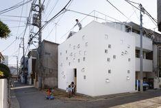 RoomRoom by Takeshi Hosaka Architects, Japan.