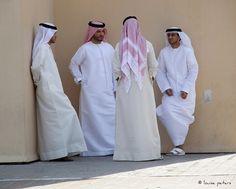 Emirati business men