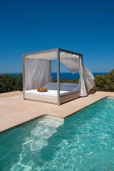 Seating islands | Garden lounge | Sunset | Point | Esther Campos. Check it out on Architonic