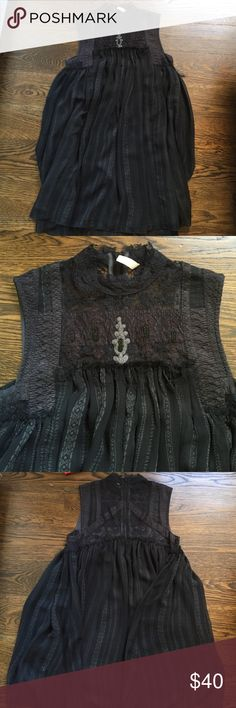 Free people Babylon dress in navy blue Worn once, lace finish on the top, navy blue and flowy Free People Dresses Mini