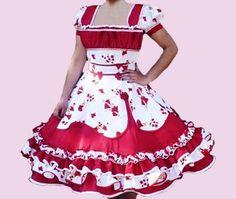 Clogs Outfit, Dance Outfits, Fashion Outfits, Womens Fashion, Frocks, Beautiful Dresses, Amanda, Ideias Fashion, How To Wear
