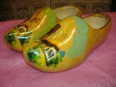 Vintage PAIR REAL HOLLAND WOODEN CLOG DUTCH SHOES Windmill Wood Carved Painted