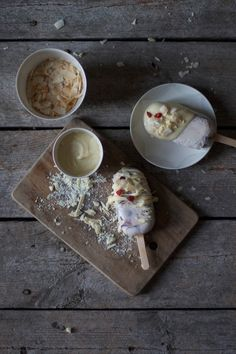 fig-ice-cream with white chocolate