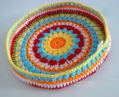 "When I read ""stool"", I was not thinking of the kind you sit on! Diy Crochet Basket, Crochet Bowl, Love Crochet, Crochet Motif, Crochet Hooks, Crochet Purse Patterns, Doily Patterns, Crochet Purses, Crochet Cushions"