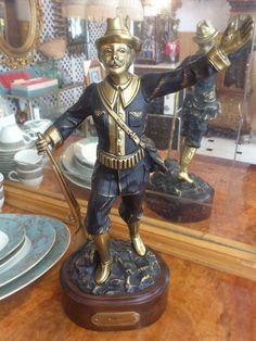 Figura de bronce fabricado por SOHER  treinta y ocho centímetros. VENDIDA
