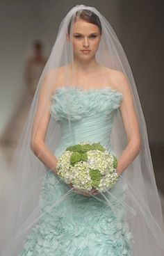 Make Bold Statement With A Mint Green Wedding Dress Wouldn T That Be Unique