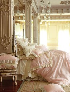 Beautiful Shabby Chic bedding and room, Sweet Dreams! 30 Shabby Chic Bedroom Decorating Ideas - Decoholic - Home Decorating Magazines Dream Bedroom, Home Bedroom, Bedroom Decor, Bedroom Ideas, Bedroom Designs, Pretty Bedroom, Ivory Bedroom, Bedroom Inspiration, Fancy Bedroom