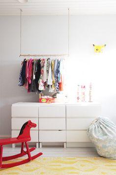 Itsetehty vaaterekki lastenhuoneeseen / DIY cloth rack