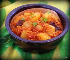 cookvalley - tanker om mad: Indiske kartofler med kokos og tomat Se mere her: http://cookvalley.blogspot.dk/2016/02/indiske-kartofler-med-kokos-og-tomat.html