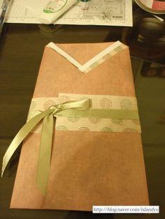 돈봉투 접기 방법- 추석맞이 돈 봉투 : 네이버 블로그 Paper Shopping Bag, Origami, Gift Wrapping, Blog, Gifts, Home Decor, Paper Wrapping, Presents, Decoration Home