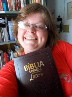 14 de dezembro - Dia da Bíblia: uma jornada pela história que Deus escreve dentro e através da humanidade.