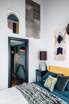 Couple transform narrow London townhouse into a stylish home Decor, Guest Bedroom Office, Simple Decor, Bedroom Design, Living Room Pendant, Interior, Home Decor, Maximalist Interior, Remodel Bedroom