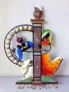 offering top quality and wide ranges of Indian handicrafts made up of IRON, which are available in attractive designs patterns, shapes and sizes.  It has gained popularity all over the world for its quality and workmanship. These crafts are ideally suited as decorative for outdoors and indoors.