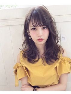 Short Loose Curly Hair Styles 55 Ideas For 2020 Loose Curly Hair, Curly Hair Styles, Medium Hair Styles, Kawaii Hairstyles, Popular Hairstyles, Hairstyles With Bangs, Hair Arrange, Japanese Hairstyle, Asian Hair