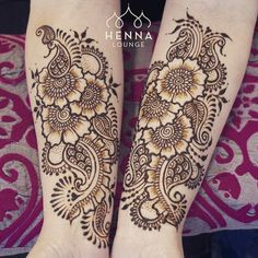 Spring fever! Floral design for a super awesome mom/daughter pair that came in today.  #henna #mehndi #flowers #oakland #sanfrancisco #hennaartist #hennapro