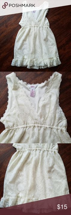 Women's med Candies Lace cami tank blouse Beautiful blouse. Bought for my daughter but wasn't het taste.  Never worn.  Size med from Candies. Discounts on bundles Feel free to make a reasonable offer Candie's Tops Camisoles