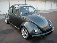 VW Beetle - german look Vw Super Beetle, Beetle Car, Fusca German Look, Tesla Motors, Vw Group, Beetle Convertible, Vw Cars, Vw Beetles, Custom Cars