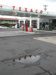 Gas Service, Texaco, Gas Station, Route 66, Street View, Vintage
