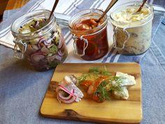 astridkokk – Sursild, sennepssild og tomatsild.