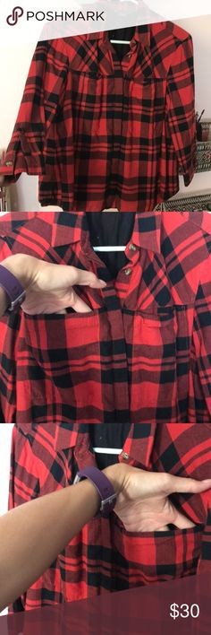 Red and black Armani exchange plaid crop Size xs and can fit a small or medium. Cropped fit. Hits about hip. I work it knitted over a black maxi. No missing buttons. Just needs a good ironing. A/X Armani Exchange Tops Button Down Shirts