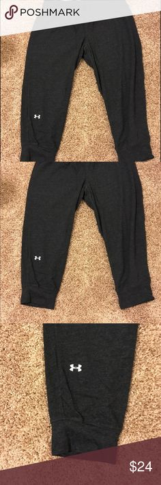 Under Armour fitness pants Charcoal gray knee length capri Under Armour fitness pant. Excellent condition. Worn twice. Under Armour Pants Track Pants & Joggers