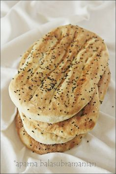 My Diverse Kitchen: Naan-e-Barbari/ Noon Barbari/ Barbari Bread (Persian/ Iranian Flat bread)