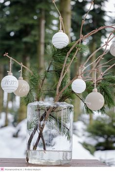 In this DIY tutorial, we will show you how to make Christmas decorations for your home. The video consists of 23 Christmas craft ideas. Bohemian Christmas, Natural Christmas, Silver Christmas, Scandinavian Christmas, Simple Christmas, Christmas Trends, Christmas Inspiration, Christmas 2019, Christmas Home