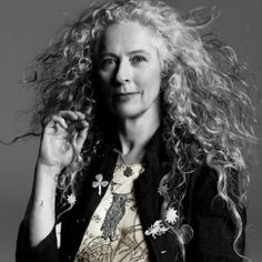 Artist Kiki Smith, gray and beautiful!  drawingdown.wordp...   #styles #gray #grey #hair #aging #gracefully #silver #going