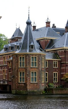 Het Torentje in The Hague, part of 'Het Binnenhof' and our 'oval office' (office to the Prime Minister). This is the place where the most important political decisions in Holland are made and sealed. #greetingsfromnl