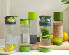 www.fullcirclehome.nl herbruikbare glazen drinkflessen in verschillende hippe kleuren!