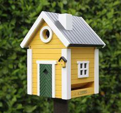 Оригинальные скворечники и птичьи кормушки для дачи :: Фото красивых интерьеров
