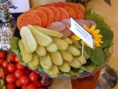 Party Platter Idea .... This is a really good idea for burgers / sandwiches.