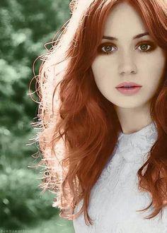 Karen Gillan - Aislinn but with a few freckles and green eyes. Karen Gillan, Just Beauty, Hair Beauty, Ginger Hair Color, Hair Colour, Color Red, Beautiful Redhead, Gorgeous Hair, Pretty Makeup