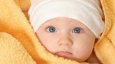 Blue eyes of baby - Neonato con occhi blu