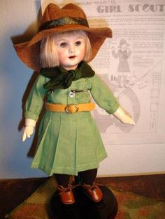 1930/31 Girl Scout Uniform, French Pattern, Antique Dolls, Girl Scouts, French Antiques, Hipster, Model, Collection, Free