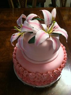 Baby shower cake for Lily.  Gumpaste lilies.