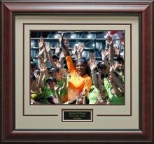 Serena Williams Wins Family Circle Champion Photo Framed