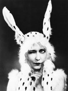 pin up girl creepy bunny? Pin Up, Easter Parade, Vintage Easter, Vintage Holiday, Up Girl, Easter Bunny, Happy Easter, Easter Art, Vintage Beauty