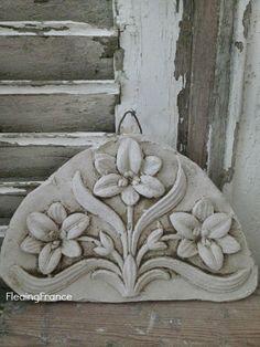 FleaingFrance...Antique Plaster Plaque-Lilies