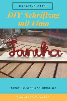 Die schönsten Deko Ideen kann man selber machen: So einfach bastelst du einen individuellen Schriftzug aus Fimo, als kreative Deko für dein Zuhause. Diese Deko hat außer dir bestimmt keiner und sie ist ruckzuck gebastelt. Auf meinem Blog findest du die einfache Schritt-für-Schritt Anleitung. #diydeko #diymitfimo #basteln Cats Diy, German, Inspiration, Blog, Decor, Diy, Do It Yourself Ideas, Script Logo, Deutsch