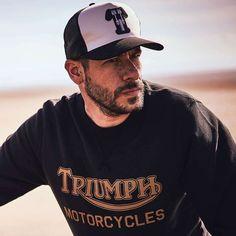 Triumph Kerosene Trucker Hat - Black / New Bone Triumph Motorcycles, Indian Motorcycles, Triumph Motorcycle Clothing, Motorcycle Style, Motorcycle Outfit, Motorcycle Fashion, Mv Agusta, Ducati, Bobber