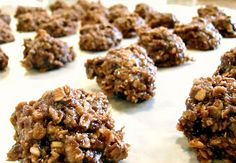 Easy No Bake Cookies    2 c. sugar  3/4 c. butter   2/3 c. milk  1 (3.9 oz.) box instant chocolate pudding mix  3 1/2 c. quick cooking oats  1/2 tsp. vanilla extract    In a large pan, mix together the sugar, butter and the milk.  Bring to a boil.  Boil 2 minutes.  Turn off the heat, add in the pudding mix, oats and vanilla.  Let stand 5 minutes.