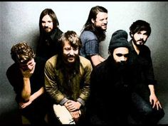 Fleet Foxes Sing - Dancing On My Own   (Robyn cover)  > Listen on Youtube