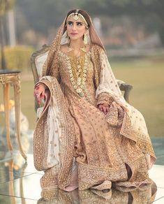 #AizMoh #thepakistanibride Shadi Dresses, Pakistani Formal Dresses, Pakistani Wedding Outfits, Pakistani Wedding Dresses, Bridal Outfits, Indian Dresses, Bridal Dress Design, Indian Bridal Fashion, Wedding Dresses For Girls