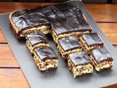 Romanian Desserts, Romanian Food, Yummy Cookies, Cake Cookies, Cake Recipes, Dessert Recipes, Baking Classes, Dessert Drinks, Pumpkin Cheesecake