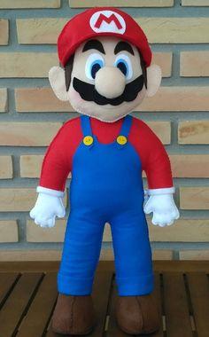 Super Mario em feltro com molde - Super Mario Bros, Super Mario Party, Mario E Luigi, Mario Kart, E Skate, Baby Shawer, Mario Brothers, Felt Food, Felt Patterns