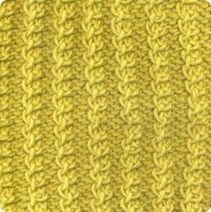 Capuccino: 70% Australian Wool/Lã Austrália, 30% Milk Fibre/Fibra de Leite. Needles/Agulhas 6 1/2 - 7 (USA 10 1/2). Weight/Gramagem 50g = 95m (1.75oz = 104yds)